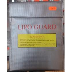 LiPo akumuliatorių dėklas